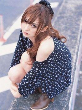 篠田 キャバ嬢 3.jpg